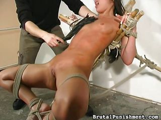 slut gets a nasty whipping
