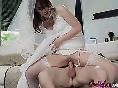 Bride Karina White Gains Fucked By The Groomsman