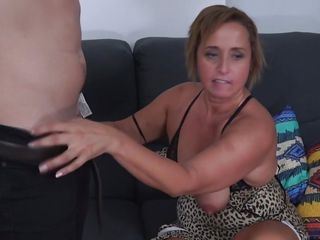 blowjob from a hot mature