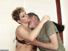 Short Haired Cutie Rides An Older Guy For Helping Her Out