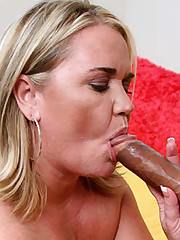 Pussy Licked Large Hottie