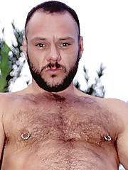 Gay Hunk Outdoor Wank